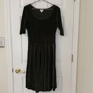 LuLaRoe Nicole elegant dress L hunter green velour